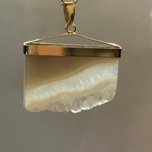 Quartz Crystal Slice Pendant/Chain. NEW